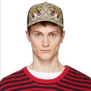 🐯GUCCI Tigers Print GG Supreme Baseball Hat